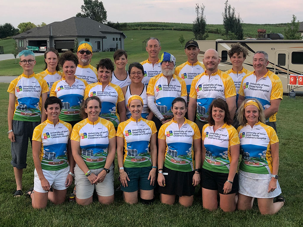 2019 RAGBRAI team photo